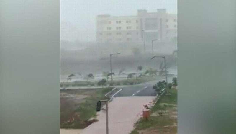 На Индию обрушился циклон