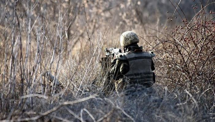 В ДНР отбились от украинских диверсантов: враг позорно сбежал, бросив раненого, автоматы и ПБС