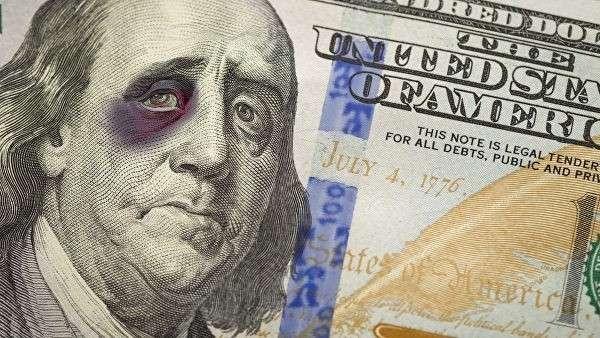 Изображение Бенджамина Франклина с подбитым глазом на банкноте номиналом в 100 долларов США