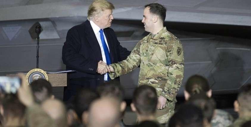 Как Пентагон тратит военный бюджет США на крабов и алкоголь