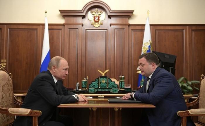 Владимир Путин провёл рабочую встречу с главой Промсвязьбанка Петром Фрадковым