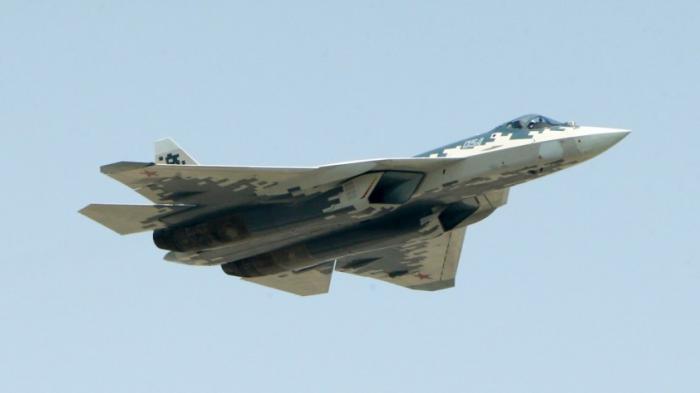 Первые серийные Су-57 поступят в войсках уже в ноябре 2019 года