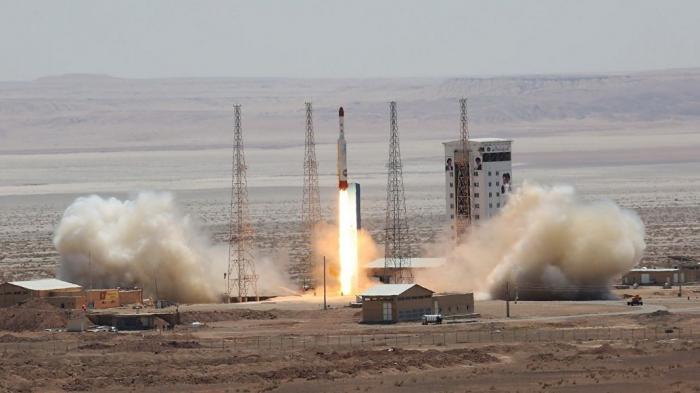 Иран приостановил выполнение части обязательств по ядерной сделке