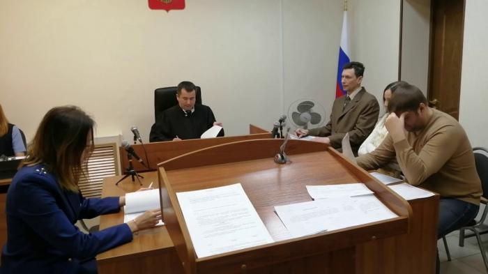 Судилище над активисткой Ниной Павловой, которая выступила против еврейского фашизма
