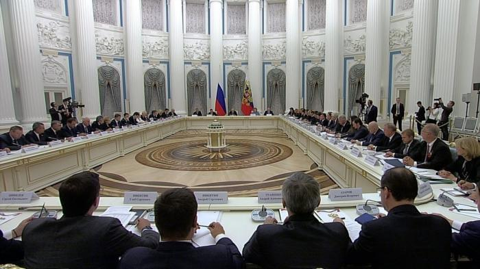 Владимир Путин провёл заседание Совета постратегическому развитию инациональным проектам