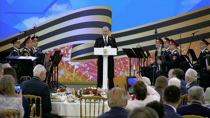 В Кремле состоялся торжественный приём по случаю 74-й годовщины Победы в Великой Отечественной войне