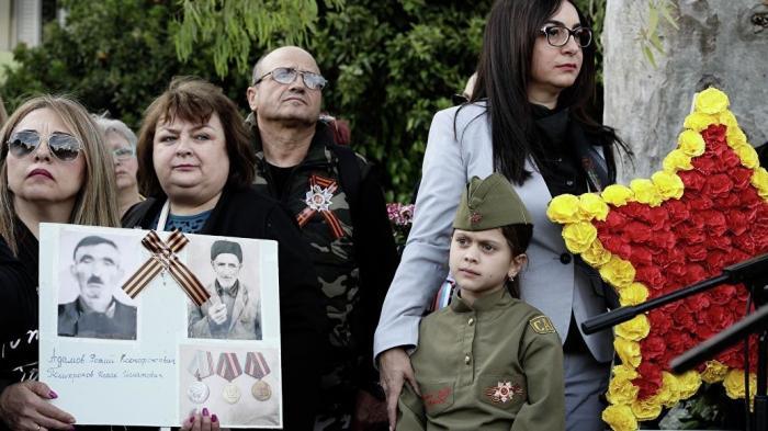 Греция: бессмертный полк в Афинах оказался одним из самых массовых за рубежом