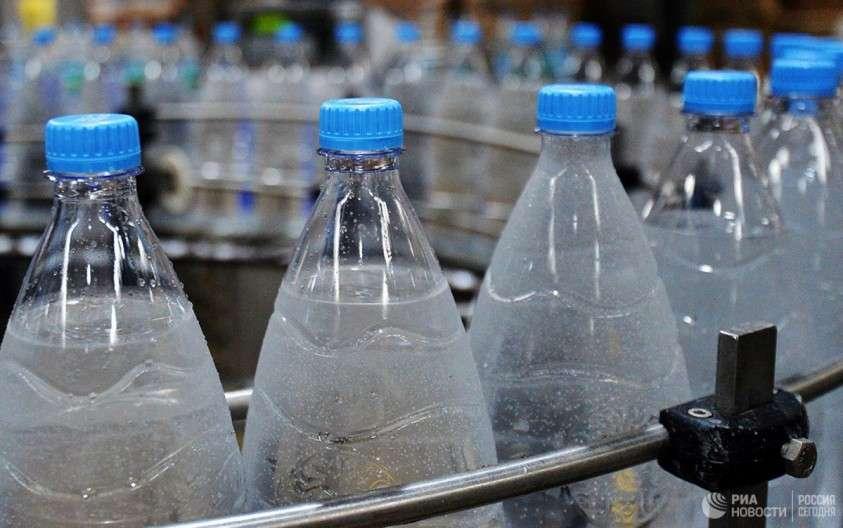 Вода в бутылках – это крупнейшее мошенничество паразитов