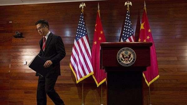 Посол США в Китае Гэри Фэй Лок