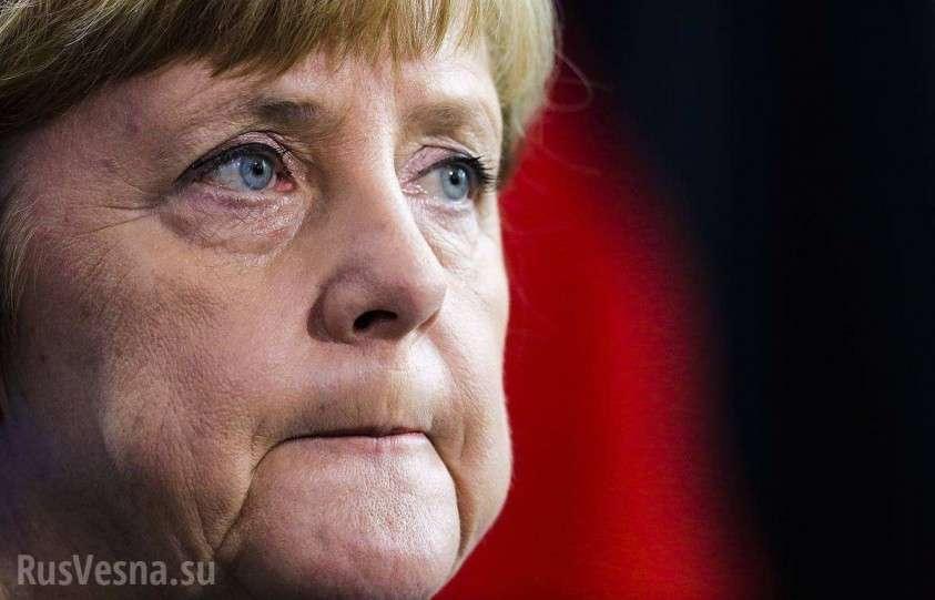 Самолёт Меркель протаранил микроавтобус в аэропорте Дортмунда