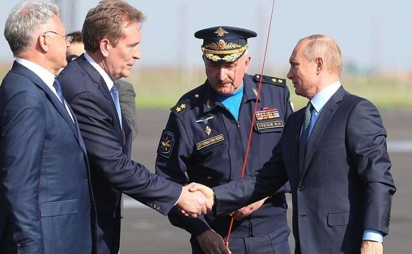 Владимир Путин посетил Государственный лётно-испытательный центр имени В.П.Чкалова