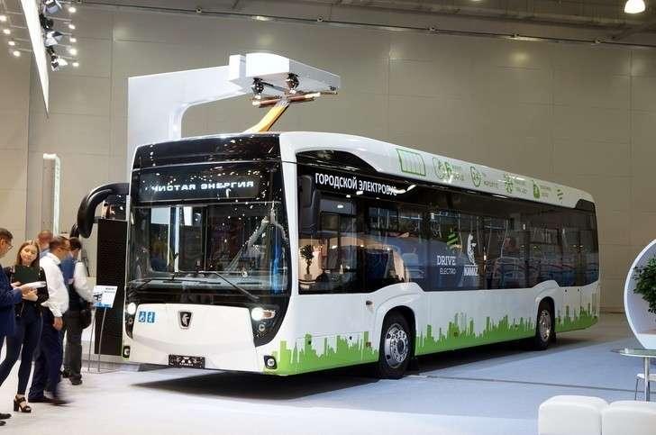 Компания «КАМАЗ» представила городской электробус нового поколения КАМАЗ-6282-012