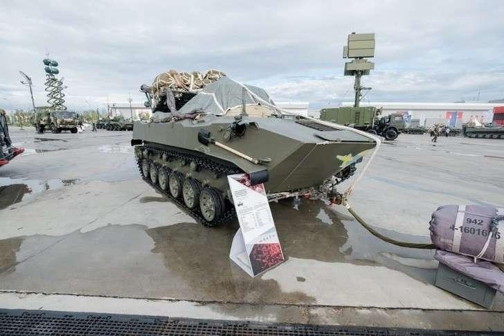 Рязанский Радиозавод начал производство подвижных пунктов разведки и управления огнем «Реостат-1»