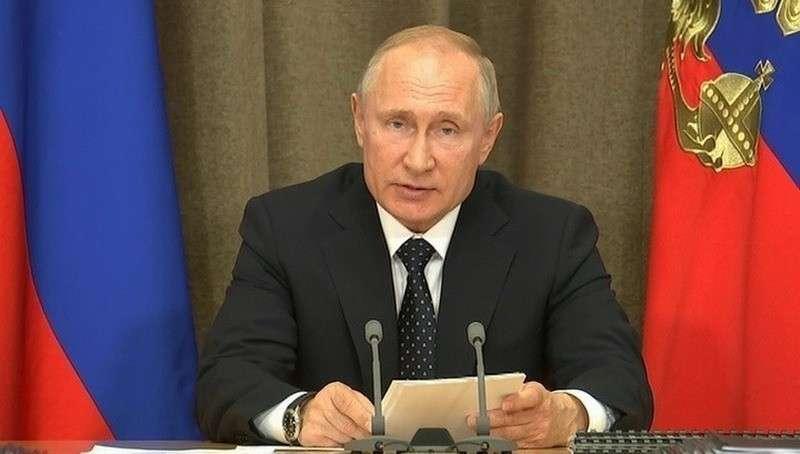 Владимир Путин поручил перевооружить три авиационные полки ВКС России на Су-57