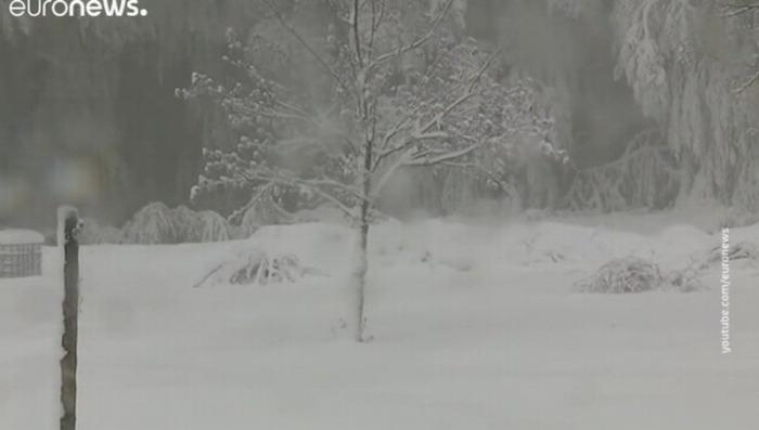 Средиземноморский курорт – Корсику засыпало снегом. Сугробы – до 40 сантиметров