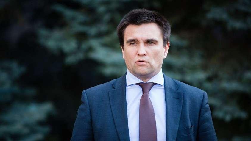 Крысы побежали: Павел Климкин и Александр Турчинов подали в отставку