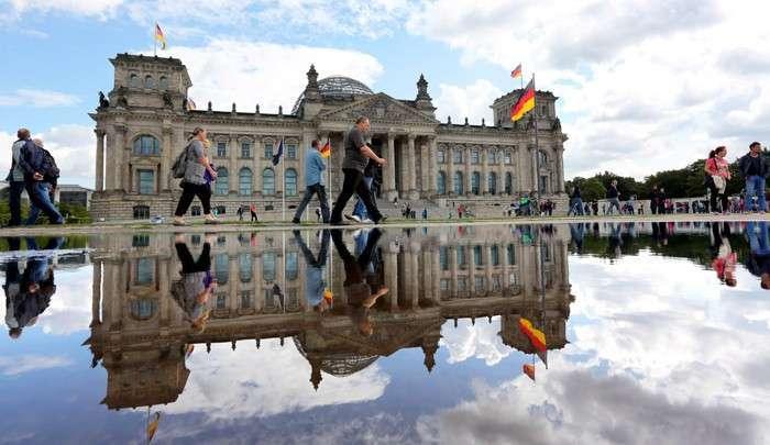 Поводок для Германии. Как повлияет на мировую политику самоощущение немецкого общества