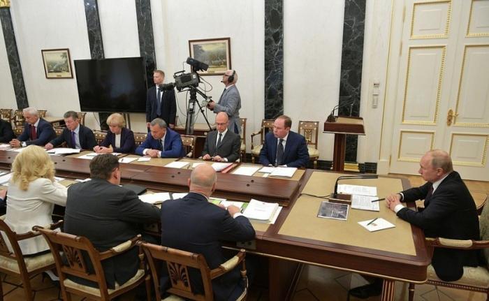 Владимир Путин провёл совещание с членами Правительства Российской Федерации 22.05.2019