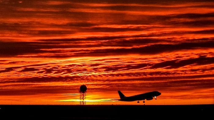 В России для внутренних авиаперевозок в обход Москвы установлен нулевой НДС