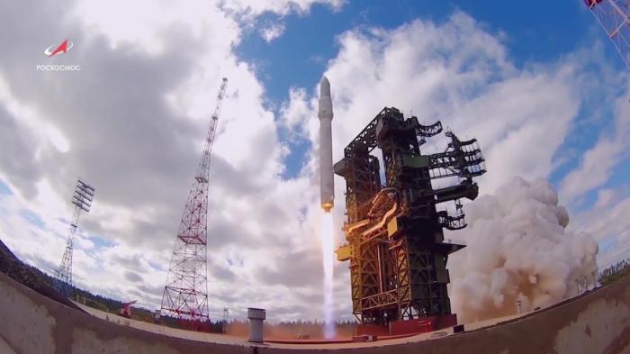 Тяжелая ракета-носитель Ангара в «Полёте»