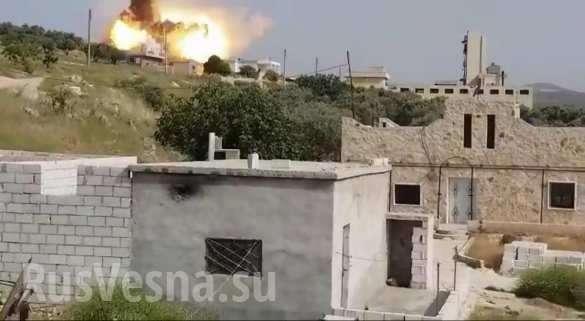 Сирия, Идлиб: ВКС России выжигают наступающих боевиков | Русская весна