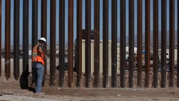 Суд штата Калифорния запретил строительство стены на границе США с Мексикой