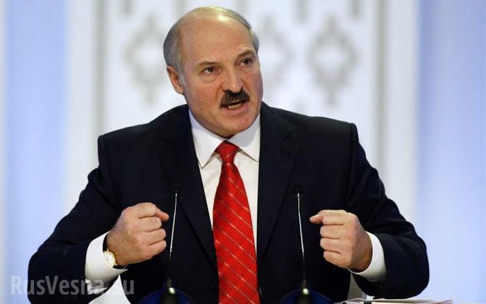 Лукашенко планирует отказаться от российской нефти