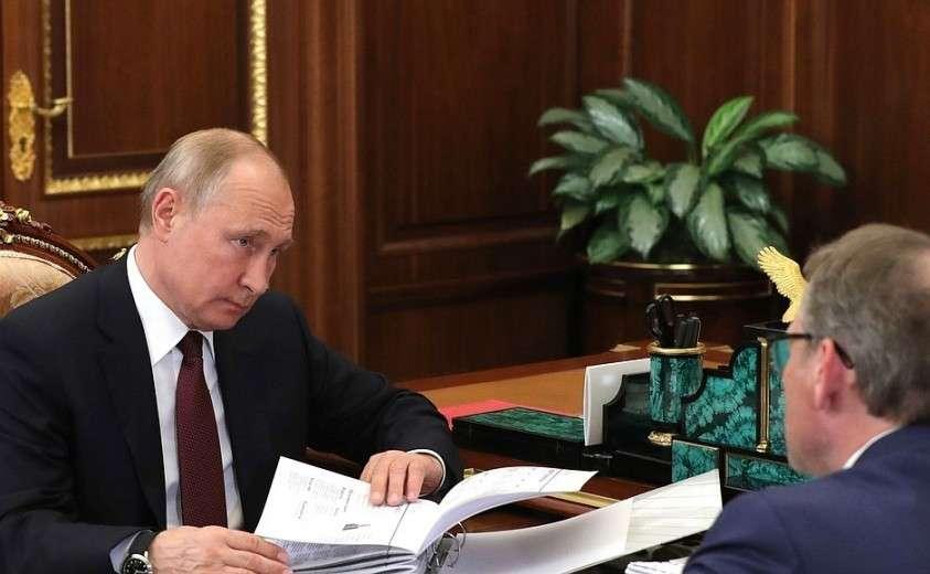 С Уполномоченным по защите прав предпринимателей Борисом Титовым.