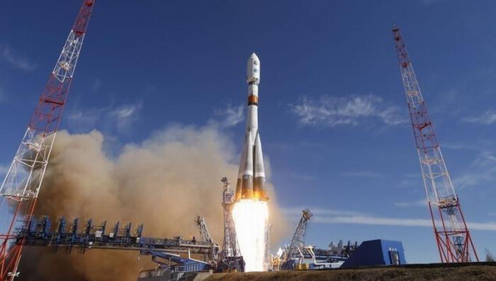Молния ударила в ракету-носитель «Союз» сразу после старта с космодрома Плесецк