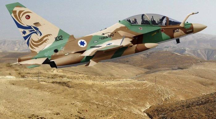 Израильские террористы нанесли серию авиаударов по военным объектам Сирии
