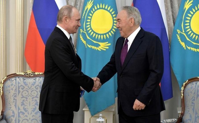 Встреча Владимира Путина спервым президентом Казахстана Нурсултаном Назарбаевым