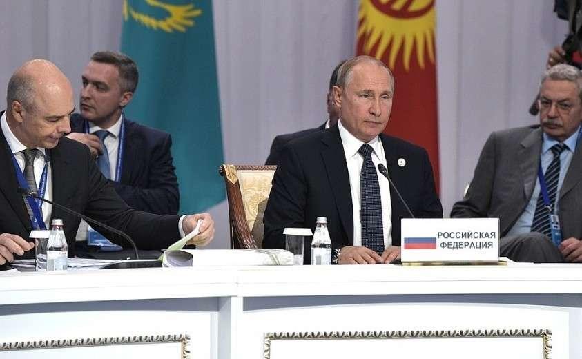 На заседании Высшего Евразийского экономического совета в расширенном составе.