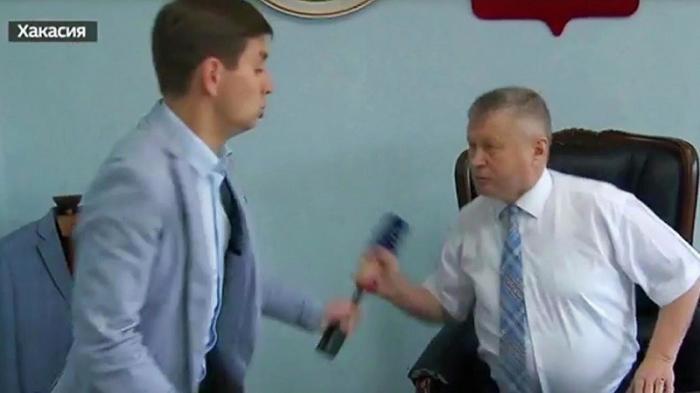 Хакасский чиновник, напавший на журналиста написал встречное заявление в СК