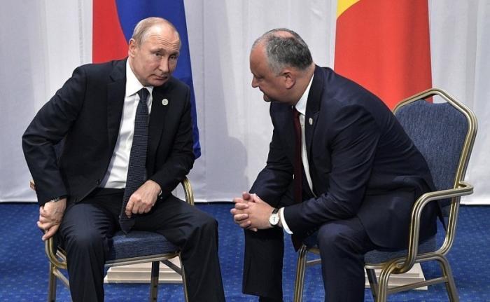 Владимир Путин на саммите ЕАЭС провёл встречу с Президентом Молдовы Игорем Додоном