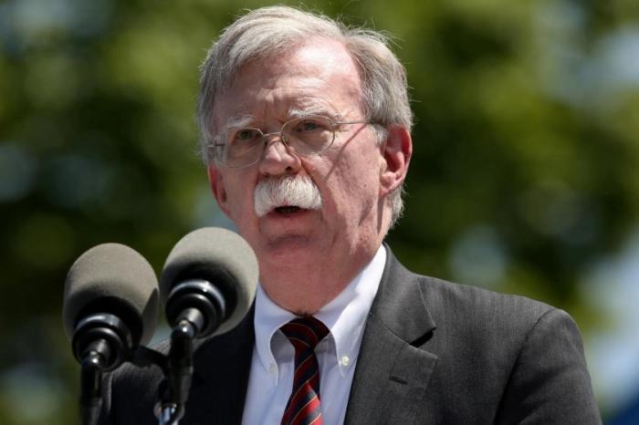 Джон Болтон: мины, которыми подрывали танкеры, «почти точно» были иранскими. Иран смеётся в ответ