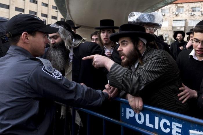 Израиль ждут новые парламентские выборы. Евреи-ортотоксы разругались с либералами