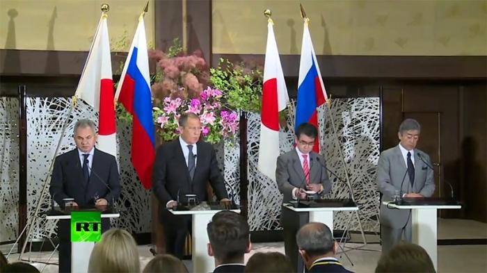 Лавров ответил на претензии Токио в связи с военной активностью на Курилах