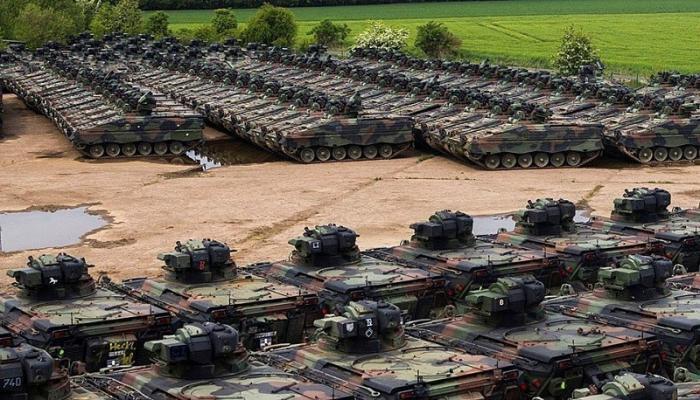 Мир в цифрах. Кто наращивает военные расходы?