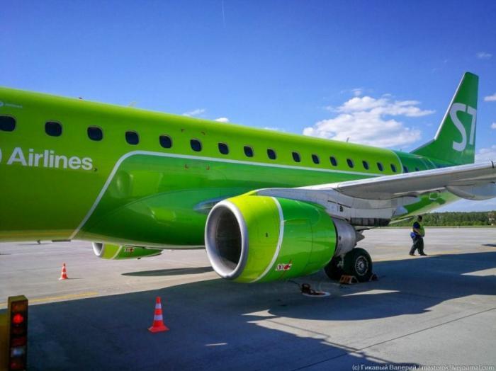 Из бизнеса авиаперевозок выкинули всех конкурентов, кроме российского SSJ-100