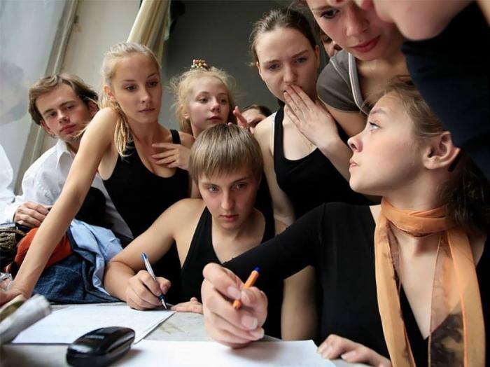 Не приносит ли современная школа вашим детям больше вреда, чем пользы?