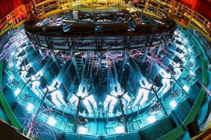 В России готовится запуск гибридного термоядерного реактора Т-15МД