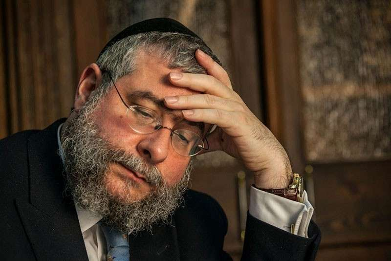 Главный раввин Москвы Пинхас Гольдшмидт разъяснил гоям, почему среди евреев много богачей