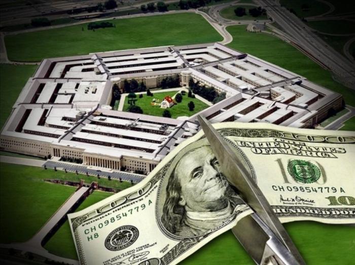"""Как """"пилят"""" бюджет чиновники и промышленники в США"""