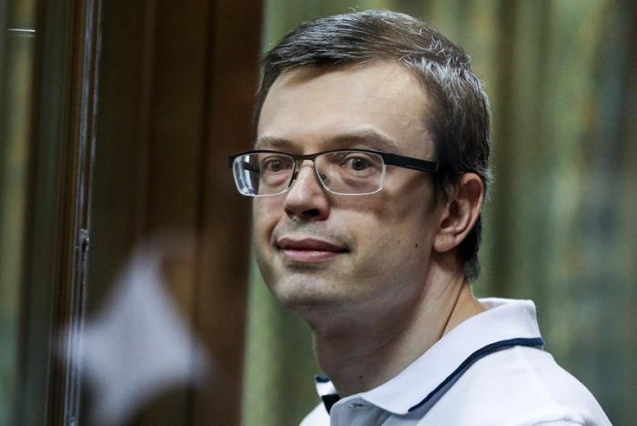 Бывший генерал СК Никандров, сдавший подельников, вышел на свободу