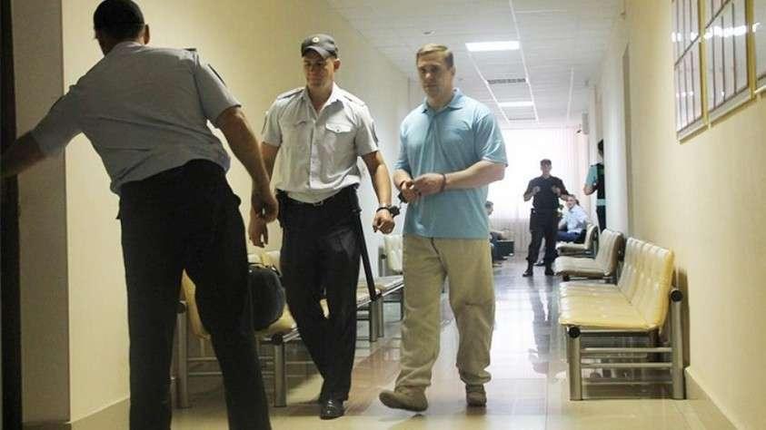 Короля преступного мира делает бита: кто стоит на страже интересов мафии в России