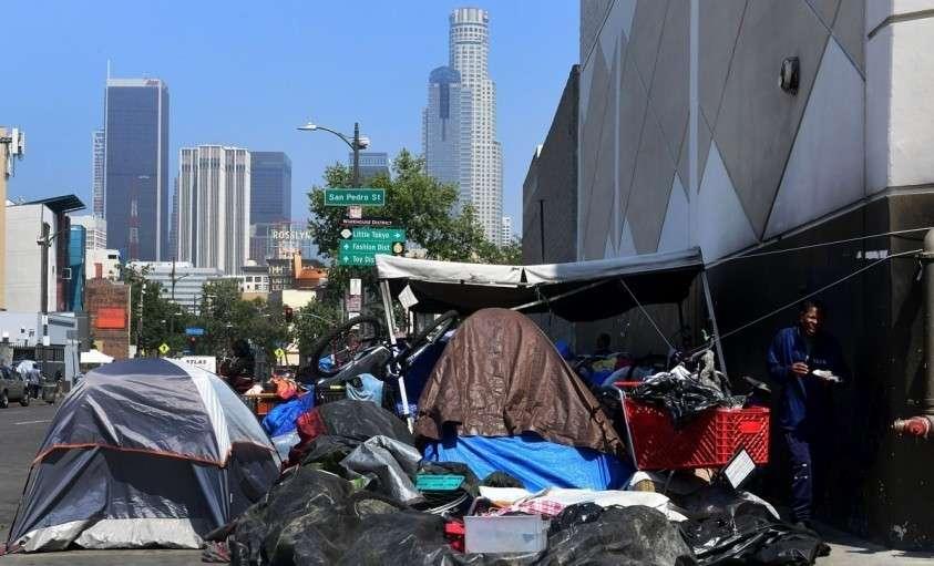 Центр Лос-Анджелеса – это палаточный городок с грудами мусора и грызунами