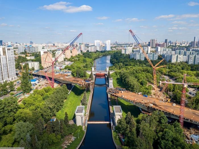 Москва. Строительство Карамышевского моста