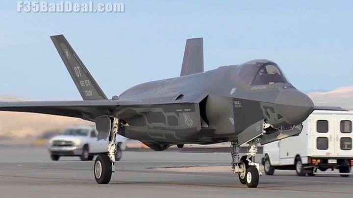 США «наказали» Анкару за С-400 и отказались брать на обучение турецких пилотов