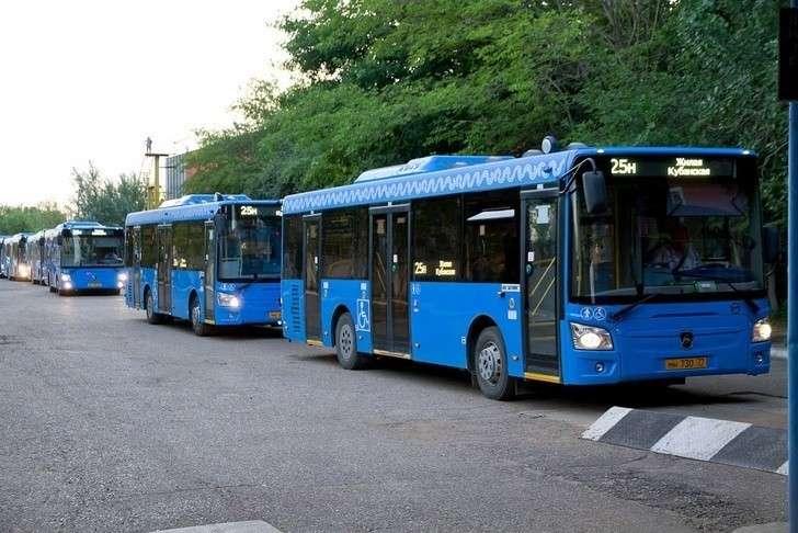 Новые автобусы ЛИАЗ вышли на улицы Астрахани