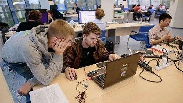 Программисты из МФТИ, создающие разговорные системы искусственного интеллекта